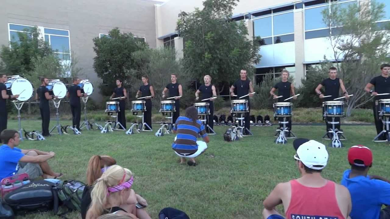 2012 Bluecoats Drumline Draws HUGE Crowd in TX (HD) *Flow-Paradiddling*