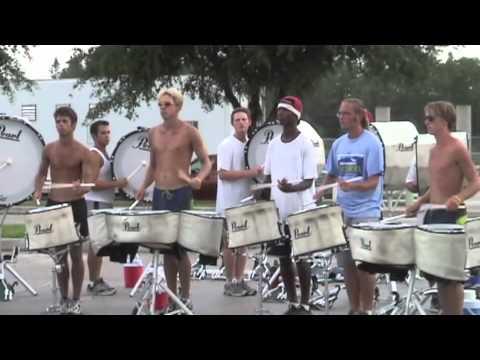 DCI Orlando 2004 – Santa Clara Vanguard drumline rehearsal