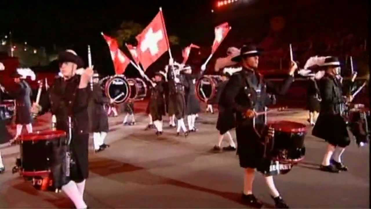 Funny : Military Tattoo Drum Corps become crazy…